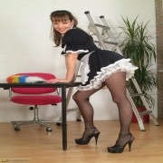 Do you love cleaning pantymoms then Cindy is the one