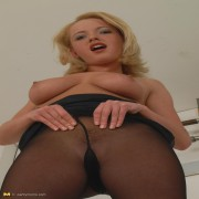 Naughty mom Trisha loves to show her awesome body